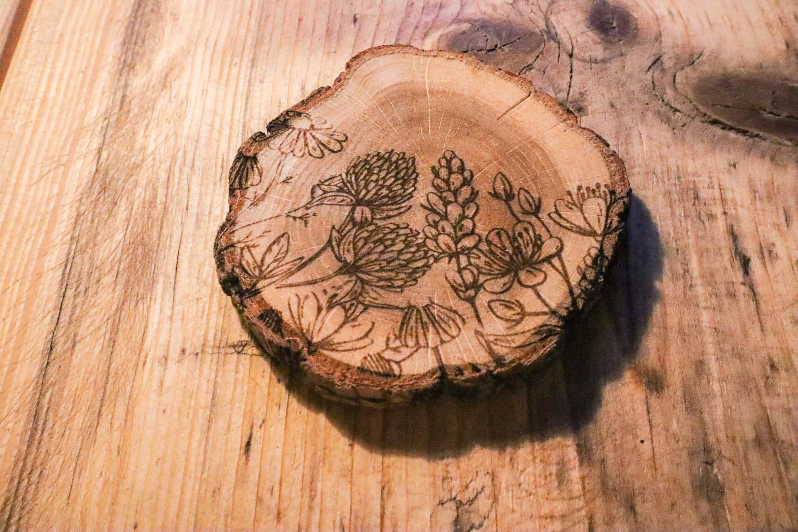 Holzuntersetzer - Wildkräutermotiv